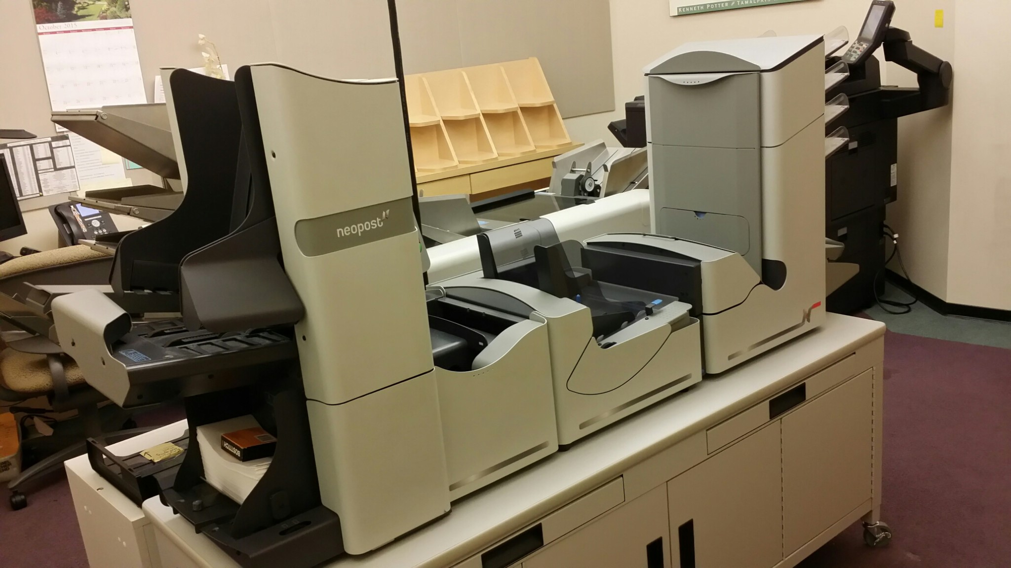 Neopost DS-100 and DS-8600 Inserter